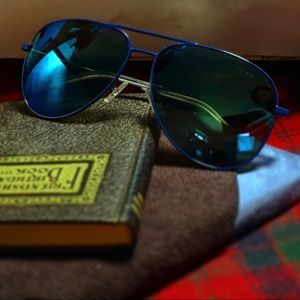 Yves Saint Laurent Aviator Sunglasses in blue